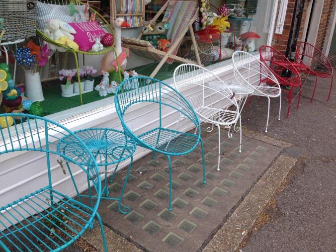 retro outdoor furniture